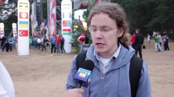 Журналист Александр Яковлев фото