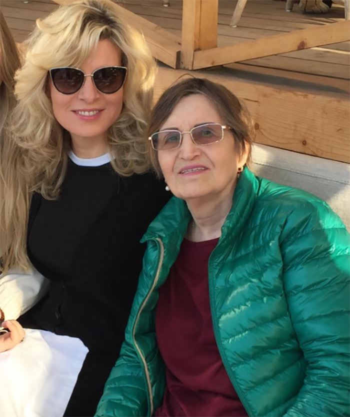 Эмма Малинина с мамой