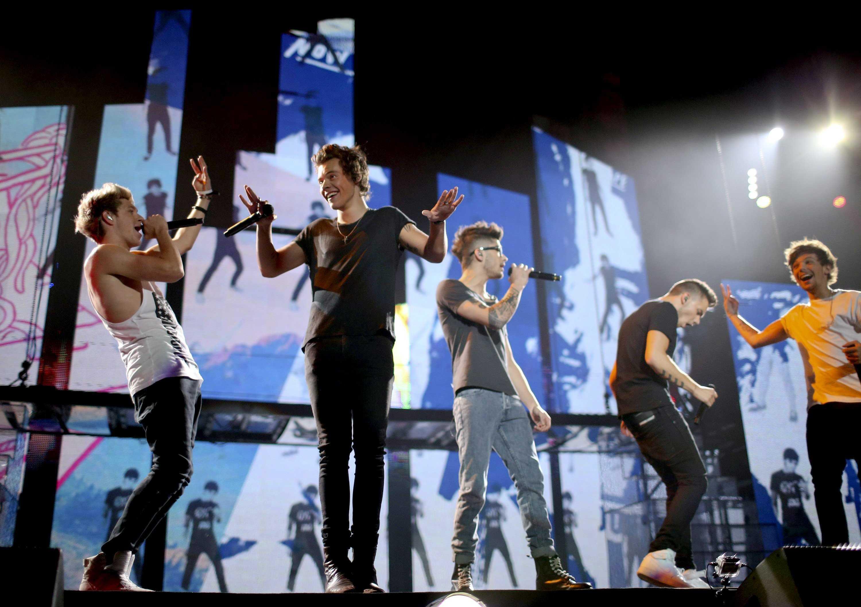 One Direction на сцене