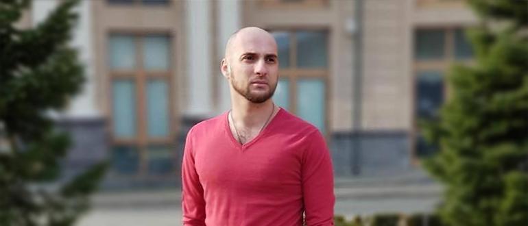 Актер Артем Карокозян