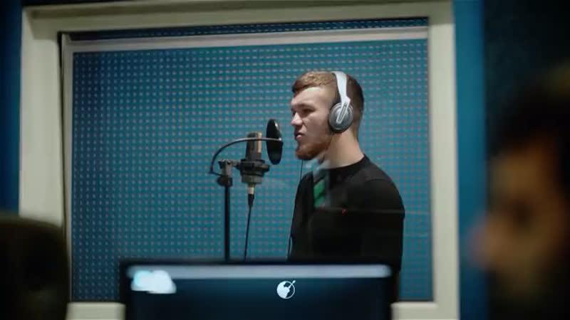 Эльдар Агачев записывает песню
